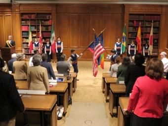 La Ceremonia de las banderas marca el comienzo de la Reunión Anual de la Organización Mundial para el Potencial Humano